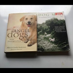 2 Animal Fiction Books 📚 Both in good condition